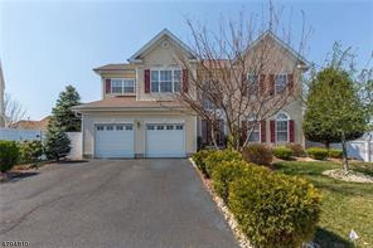 9 Wytrwal Ct, Sayreville, NJ - USA (photo 1)