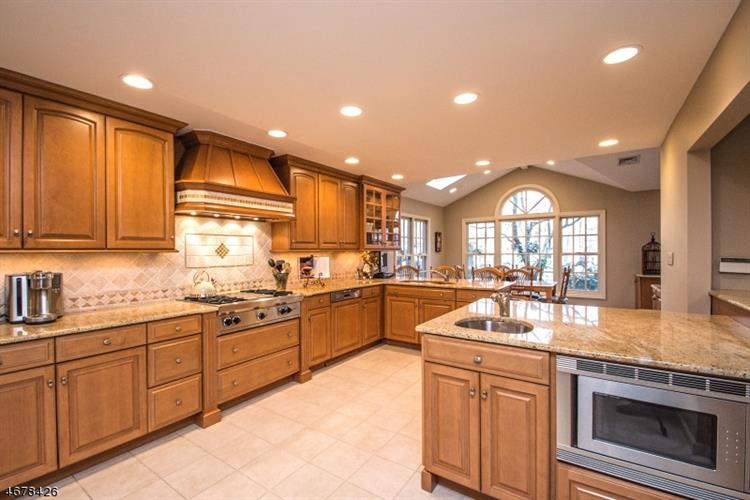 406 Carriage Ln, Wyckoff, NJ - USA (photo 5)