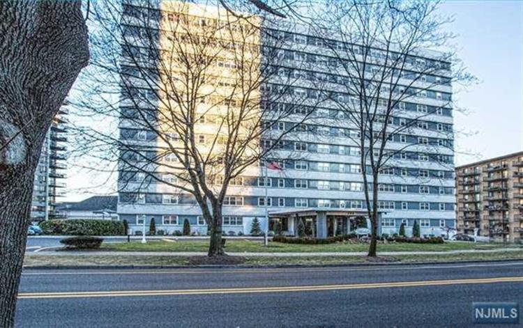 280 Prospect Ave 10k, Hackensack, NJ - USA (photo 2)