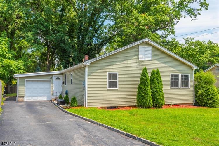 31 Absecon Rd, Parsippany, NJ - USA (photo 1)