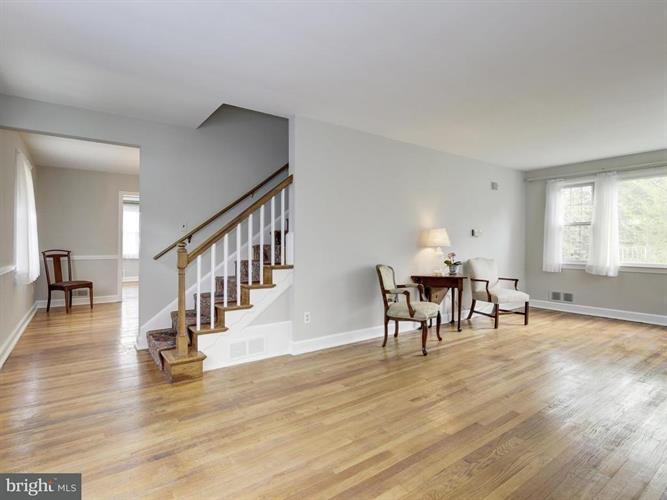 4513 Saul Road, Kensington, MD - USA (photo 3)