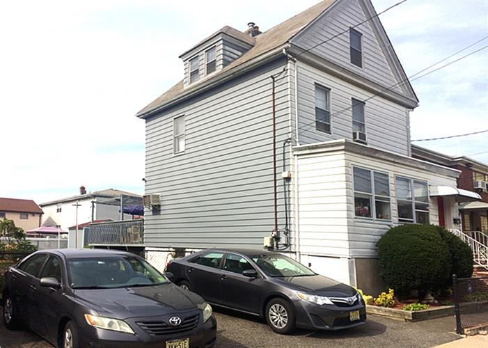 229 6th Street, Fairview, NJ - USA (photo 4)