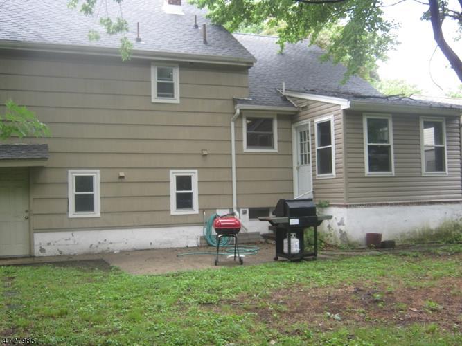 47 Hearthstone Rd, Bloomfield, NJ - USA (photo 2)