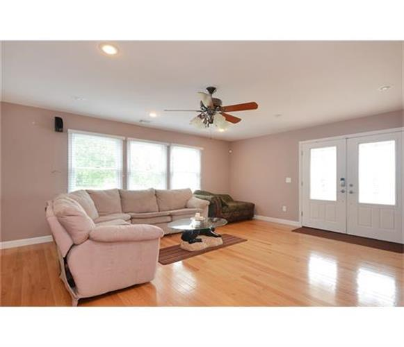 40 George Davison Road, Plainsboro, NJ - USA (photo 3)