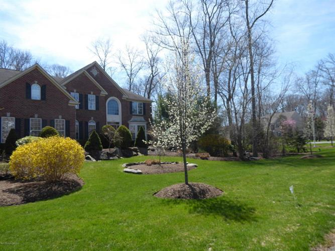 2 Littlefield Drive, Farmingdale, NJ - USA (photo 3)