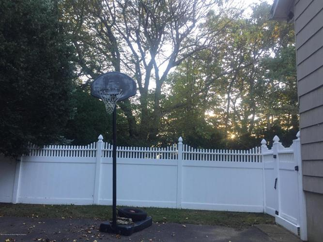 65 Dwight Drive, Ocean, NJ - USA (photo 5)