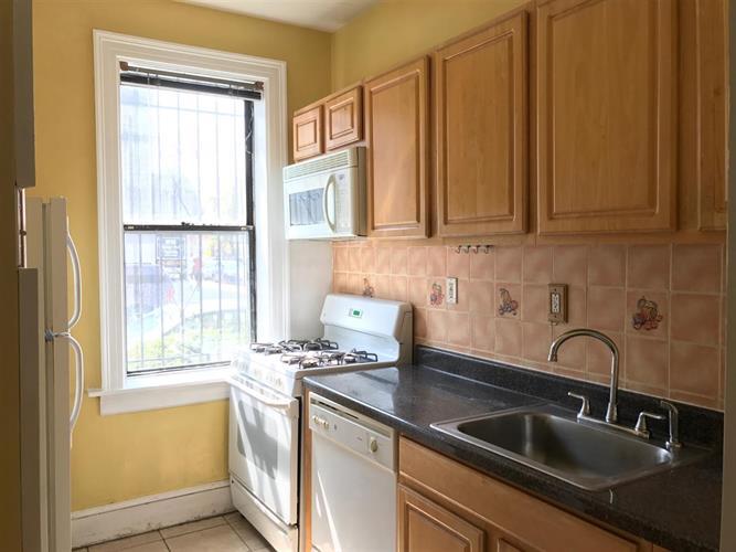 2700 Kennedy Blvd 111, Jersey City, NJ - USA (photo 1)