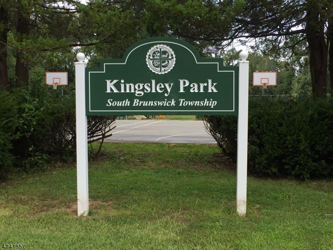 19 Kingsley Rd, Kendall Park, NJ - USA (photo 4)