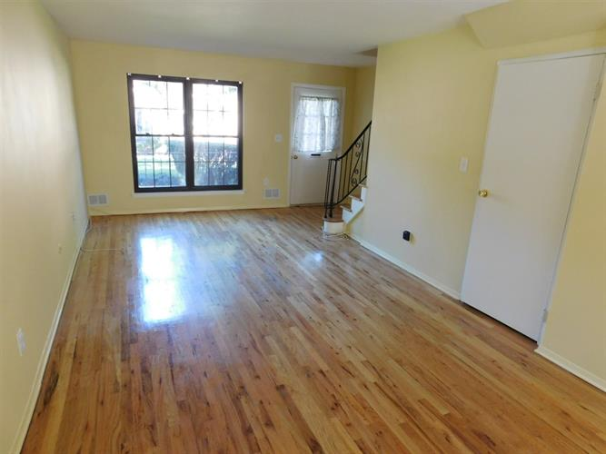 321 Spring St 19, Red Bank, NJ - USA (photo 4)