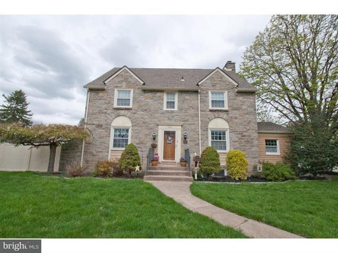 615 Shadeland Avenue, Drexel Hill, PA - USA (photo 1)