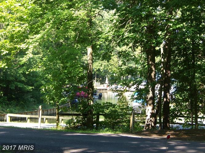 201 Edgehill Dr, Locust Grove, VA - USA (photo 3)