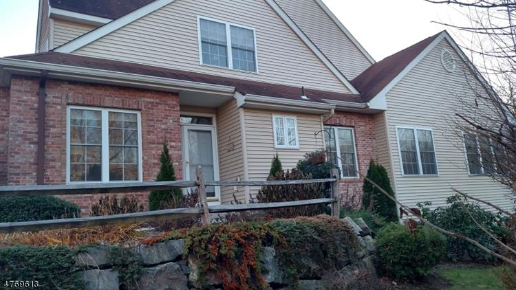 36 Lafayette St 36, West Milford, NJ - USA (photo 3)