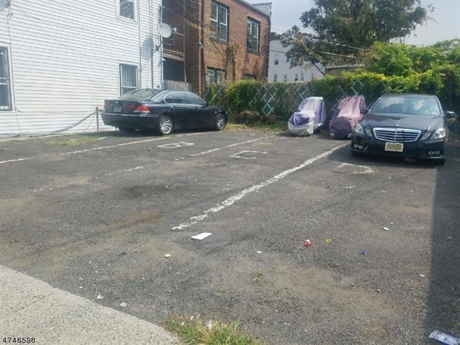 255 Rhode Island Ave, East Orange, NJ - USA (photo 2)