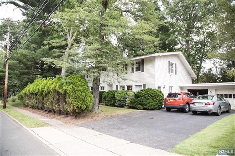 46 Tenafly Rd, Tenafly, NJ - USA (photo 1)