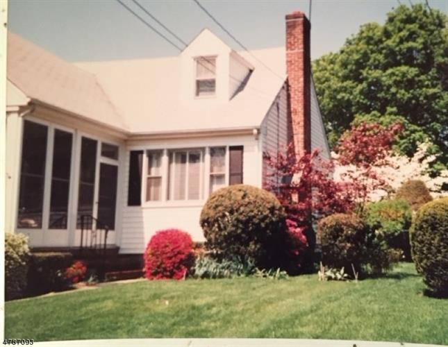 17 Hillview Ave, Morris Plains, NJ - USA (photo 2)