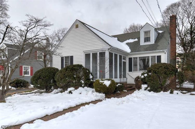 17 Hillview Ave, Morris Plains, NJ - USA (photo 3)