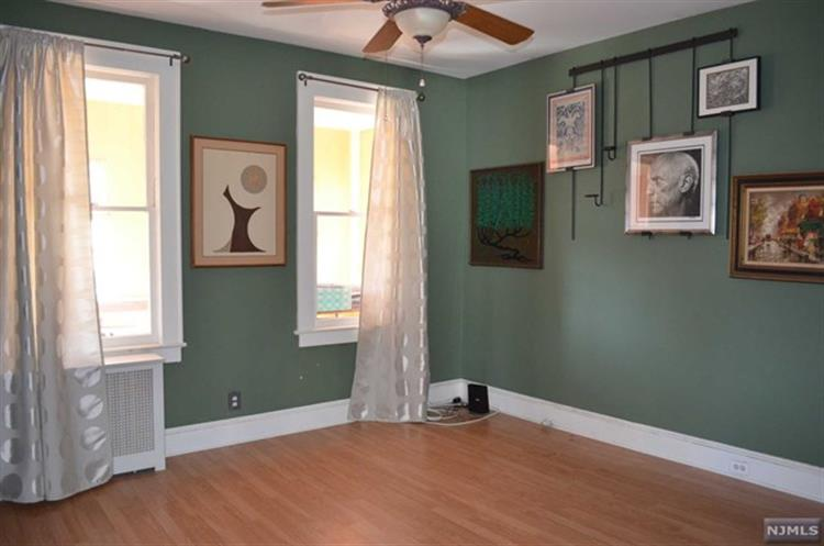 507 Madeline Avenue, Unit #2 2, Garfield, NJ - USA (photo 3)