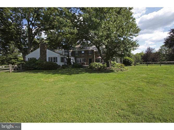 30 W Sandy Ridge Road, Doylestown, PA - USA (photo 3)