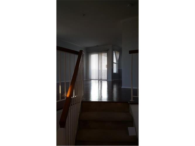 538 Great Beds Court 538, Perth Amboy, NJ - USA (photo 4)