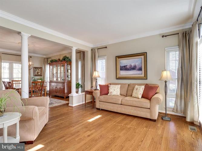 9307 Braymore Circle, Fairfax Station, VA - USA (photo 5)