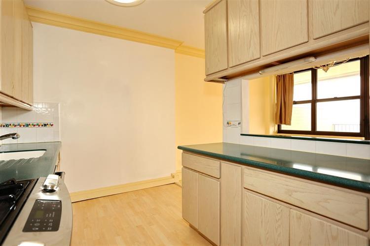 7002 Blvd East, Unit 43a 43a, Guttenberg, NJ - USA (photo 4)