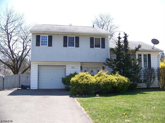 255 W Warren St, Washington, NJ - USA (photo 1)