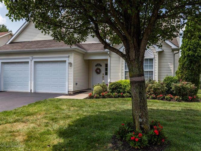 12 Holly Court, Lakewood, NJ - USA (photo 2)