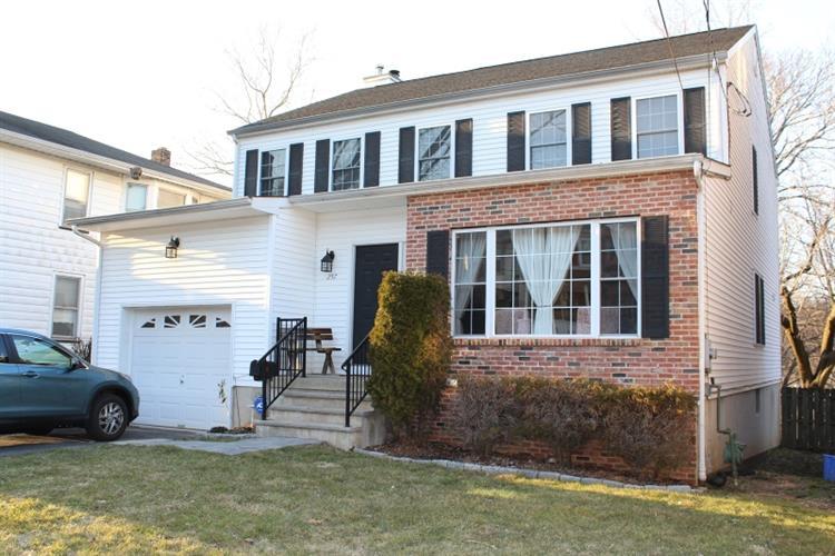 257 Shafer Ave, Phillipsburg, NJ - USA (photo 1)