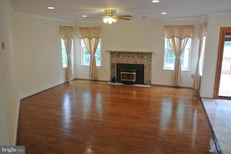 14505 Golden Eagle Court, Burtonsville, MD - USA (photo 4)
