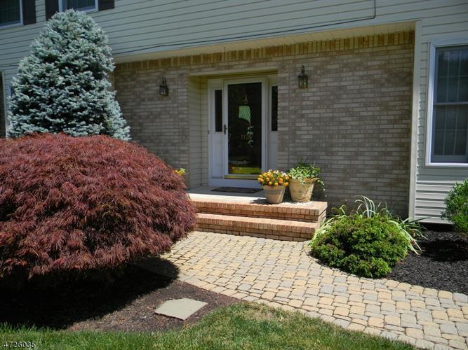 1120 Van Arsdale Dr, Branchburg, NJ - USA (photo 2)