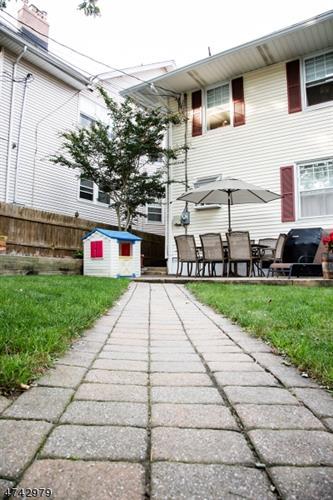 182 Valley Rd, Montclair, NJ - USA (photo 3)