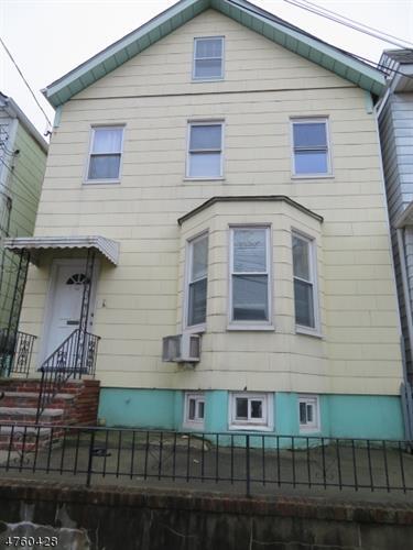 215 William St, Harrison, NJ - USA (photo 1)