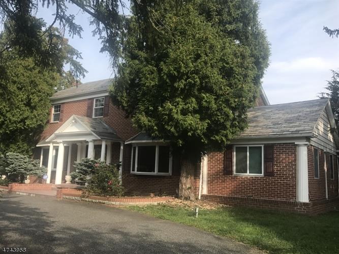 170 Passaic Ave, Roseland, NJ - USA (photo 1)