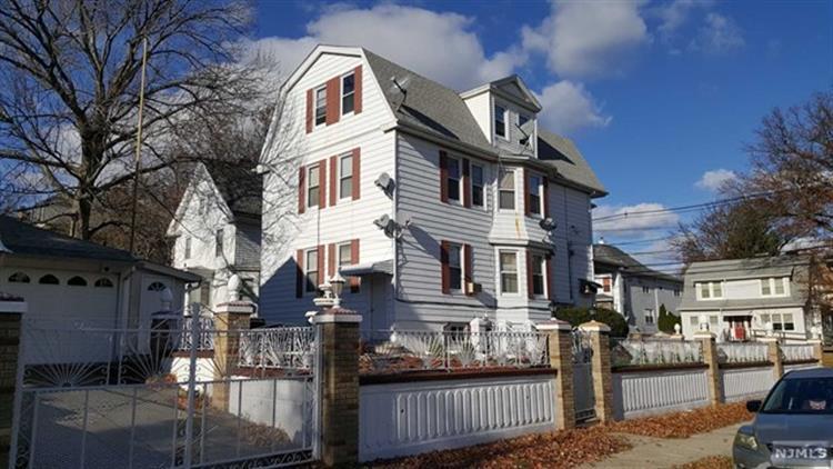 82 Stuyvesant Avenue, Kearny, NJ - USA (photo 2)