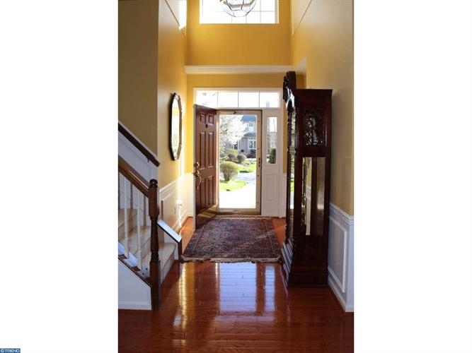 477 Crescent Dr, West Chester, PA - USA (photo 3)