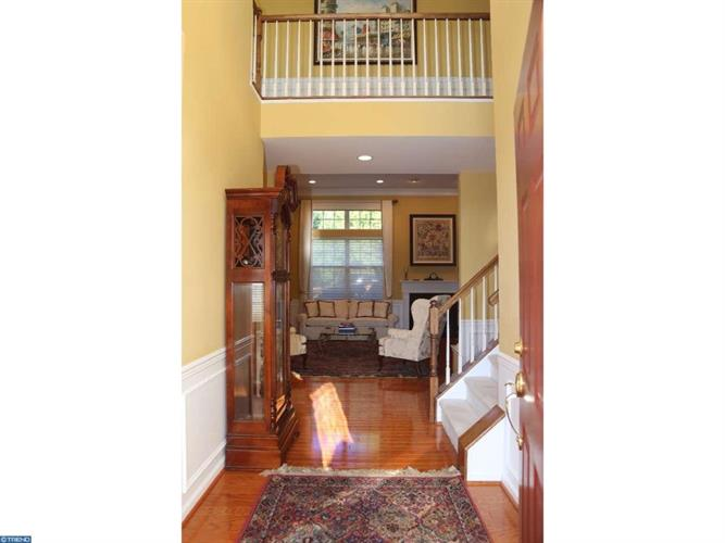 477 Crescent Dr, West Chester, PA - USA (photo 4)