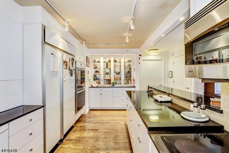 10 Smith Manor Blvd 604/, West Orange, NJ - USA (photo 5)