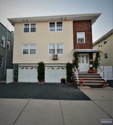 113 Farnham Ave, Garfield, NJ - USA (photo 1)
