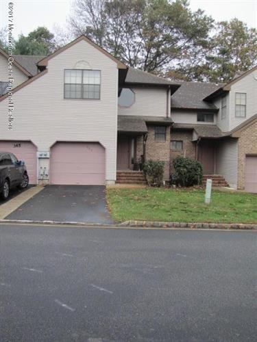 366 Oak Knoll Drive 36-6, Manalapan, NJ - USA (photo 2)