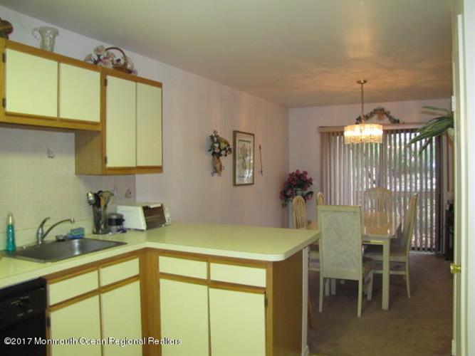 366 Oak Knoll Drive 36-6, Manalapan, NJ - USA (photo 5)