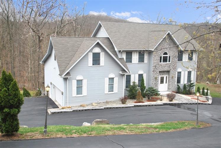 108 Brooksyde Avenue, Ringwood, NJ - USA (photo 1)