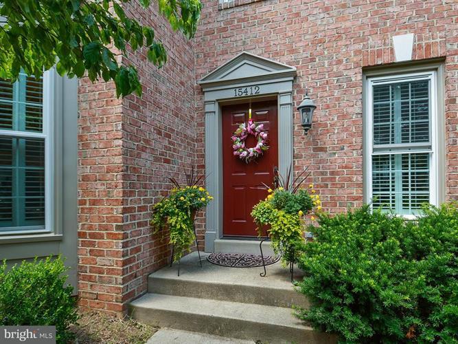 15412 Cedarhurst Court, Centreville, VA - USA (photo 2)