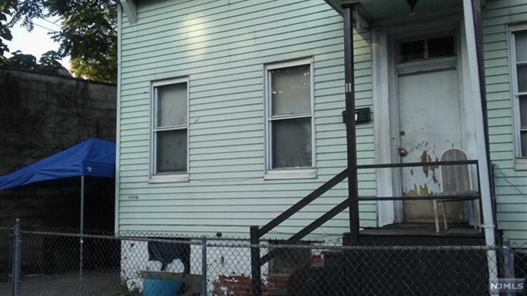 11 North Bridge Street, Paterson, NJ - USA (photo 2)