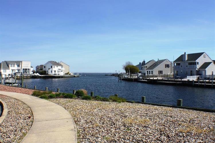 37 Peaksail Drive, Bayville, NJ - USA (photo 2)