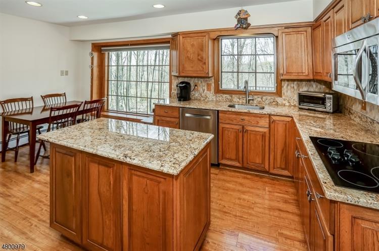6 Stone House Rd, Township Of Washington, NJ - USA (photo 5)