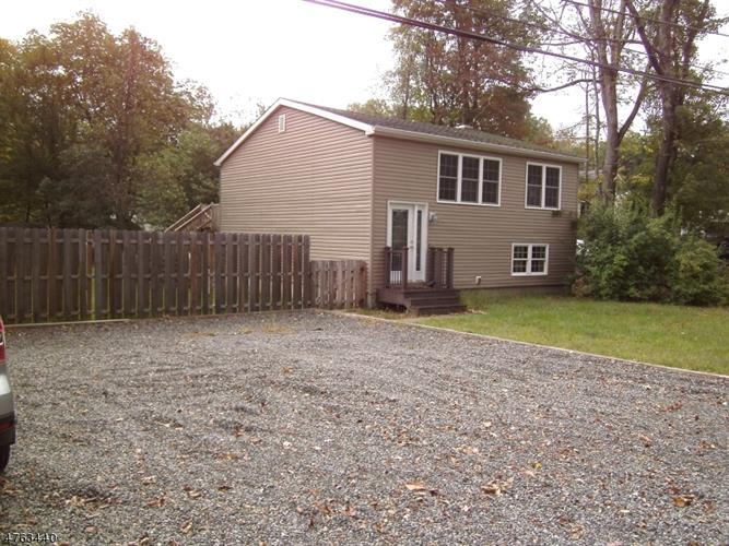 96 School House Rd, Jefferson Township, NJ - USA (photo 1)