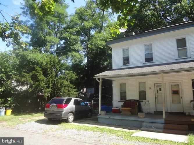 212 Linden Avenue, Delanco Township, NJ - USA (photo 1)