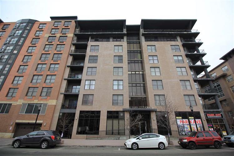 4315 Park Ave, Unit 3c 3c, Union City, NJ - USA (photo 1)