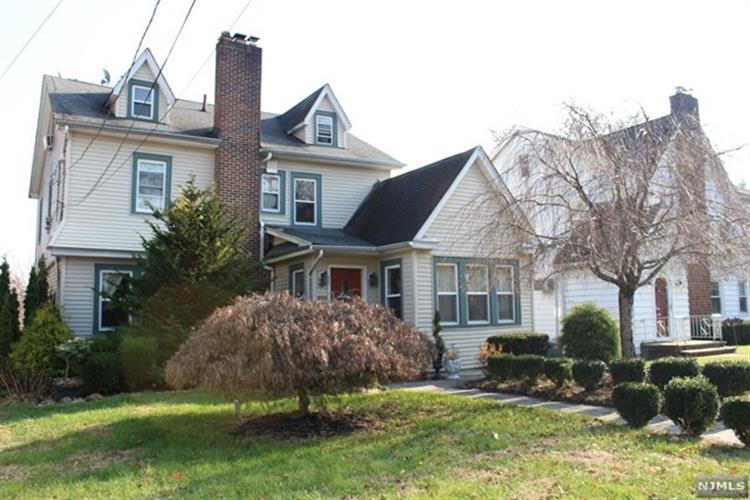 385 Essex Avenue, Bloomfield, NJ - USA (photo 1)
