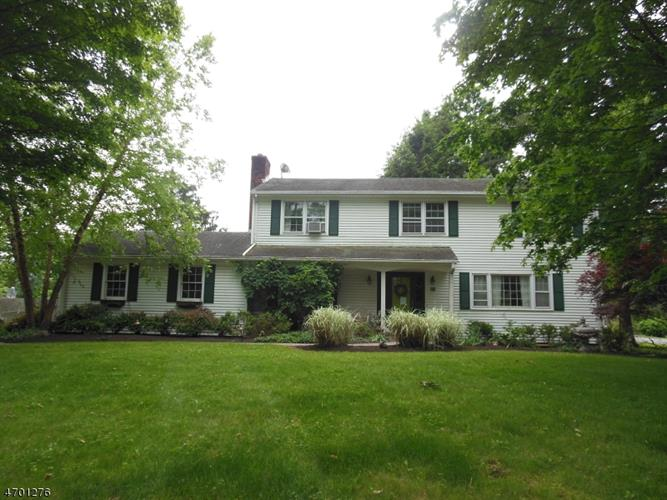 29 Hillcrest Rd, Hillsborough, NJ - USA (photo 2)